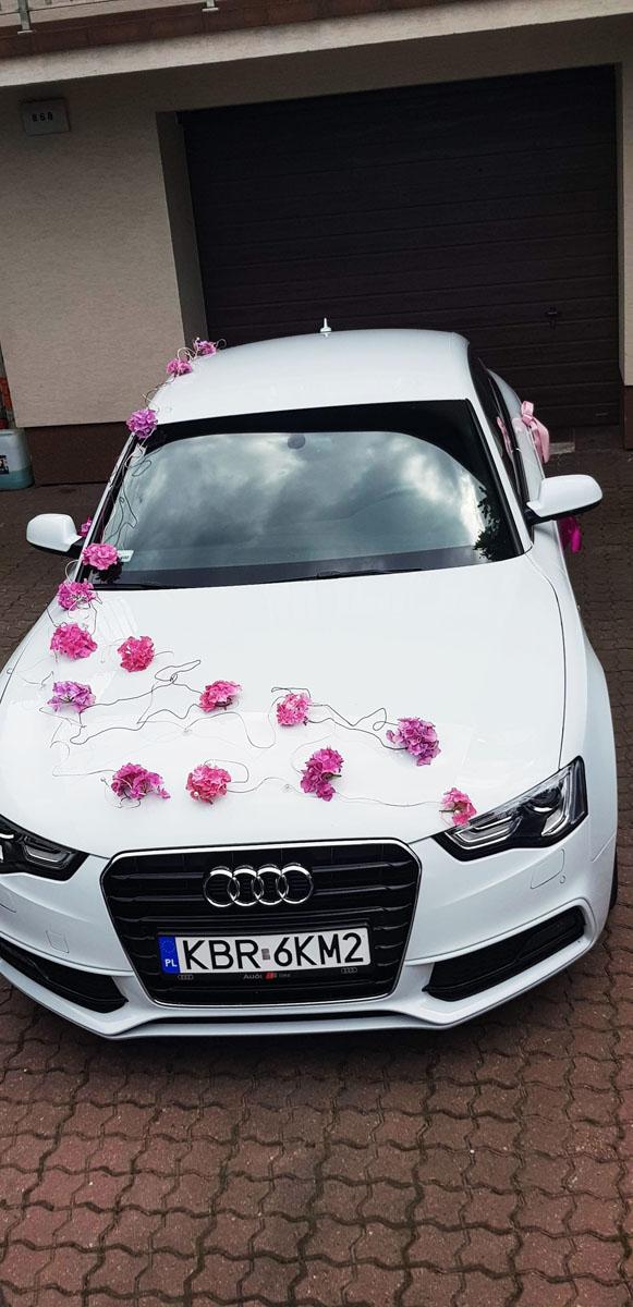 Samochody i dekoracje